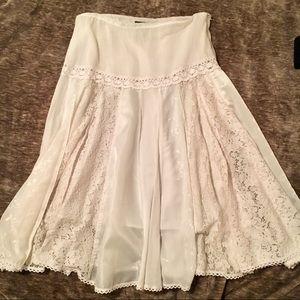 Feminine and Unusual Skirt - Baranda Petite